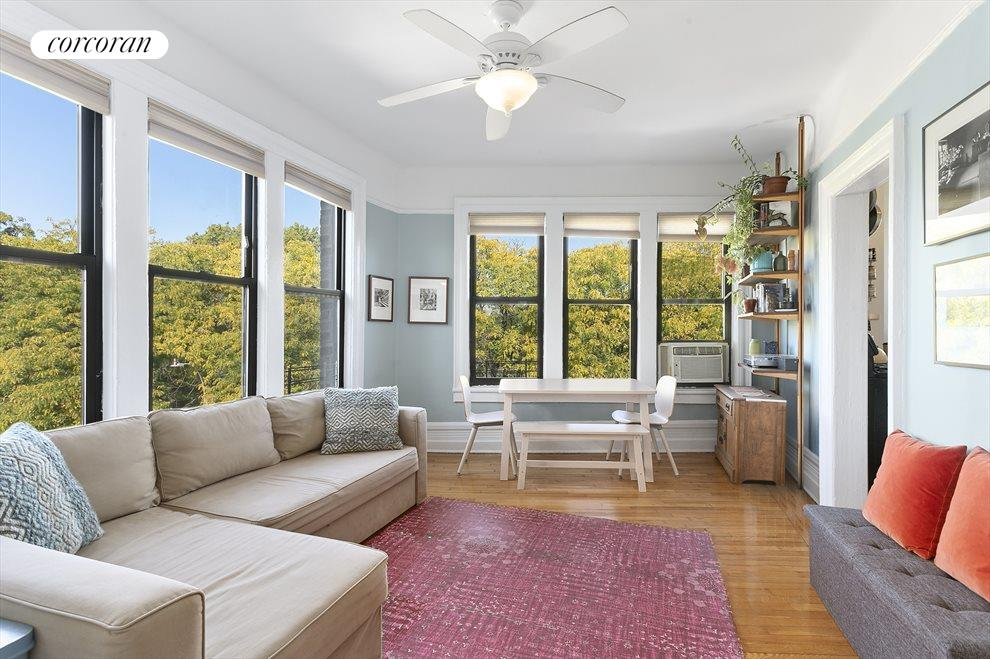 Bright and airy living/dining room