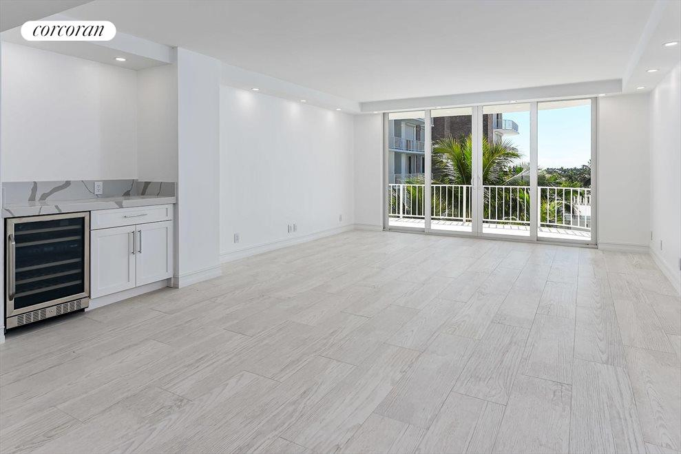 South Florida Real Estate | View 100 Worth Avenue #605 | room 1