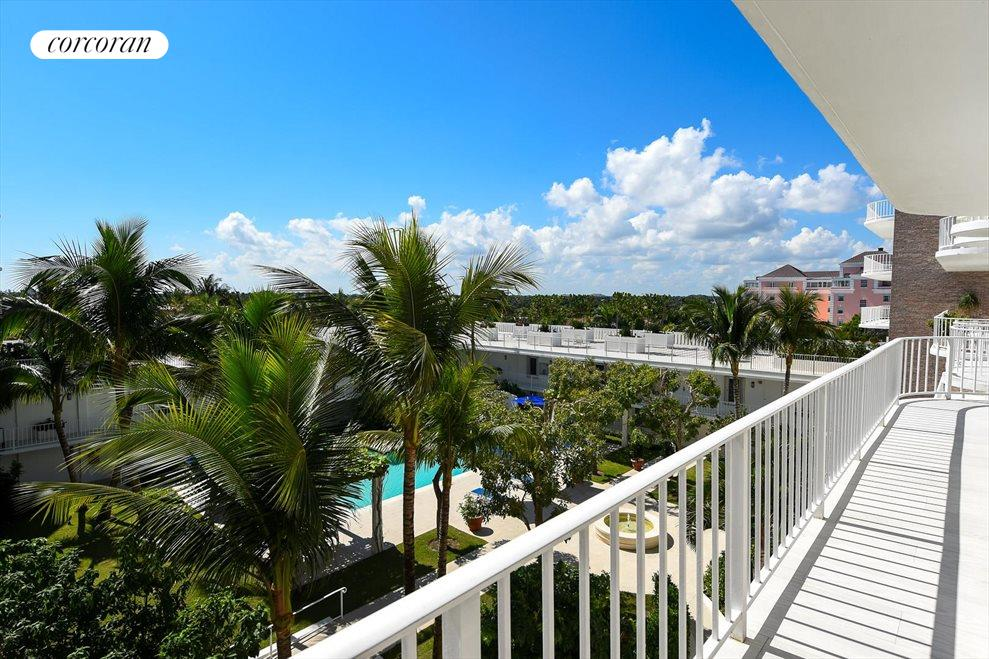 South Florida Real Estate | View 100 Worth Avenue #605 | room 7