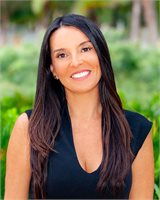 Lina Agosto, a top real estate agent in South Florida for Corcoran, a real estate company in Surfside / Bal Harbour.