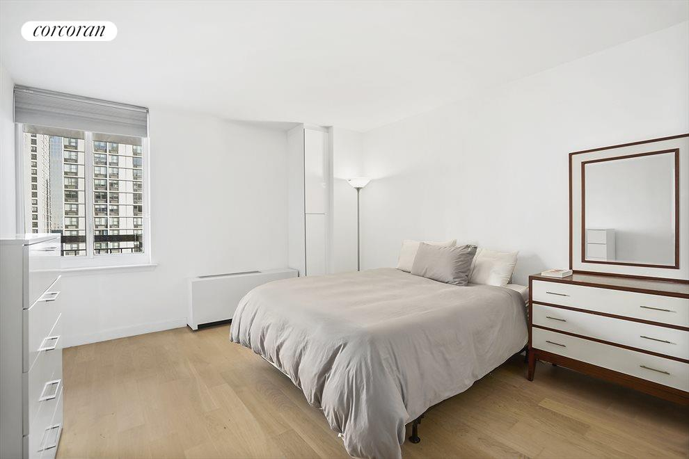 New York City Real Estate | View 333 RECTOR PLACE, #900 | room 3