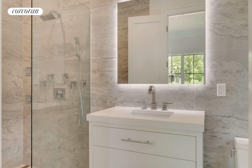 One of 4 en-suite baths