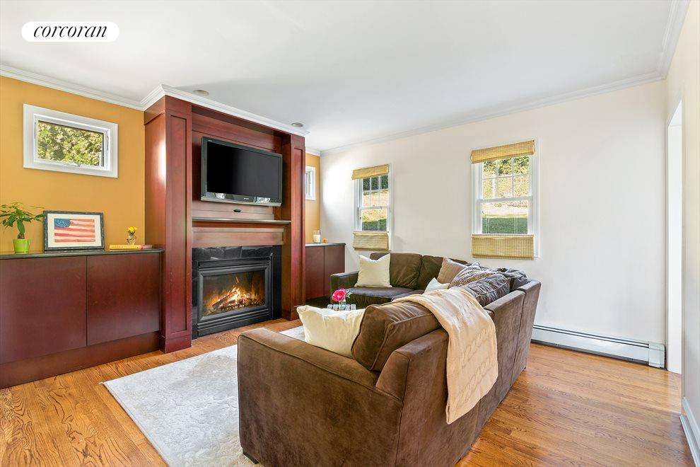 TV/Family Room with Gas Fireplace