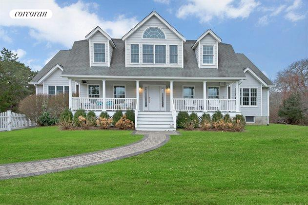 6 Bay Meadow Ln, Westhampton