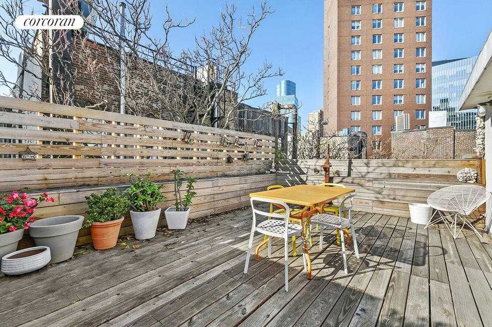 Private Roof Deck w/ Outdoor Shower