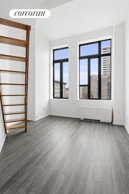 Living Room w/ 11ft ceilings