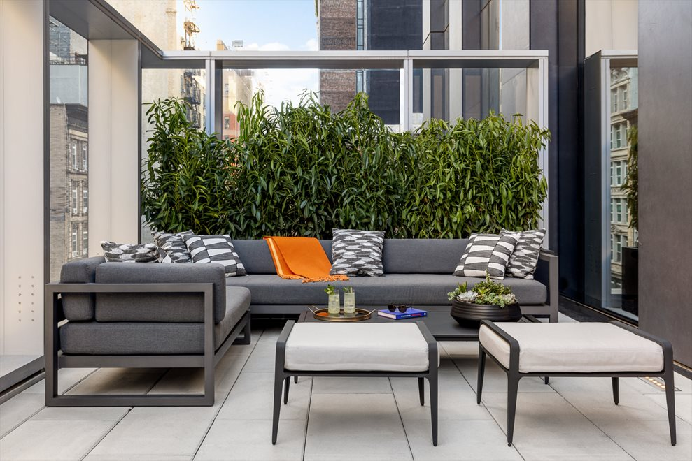 277 Fifth Avenue | Common Outdoor Space