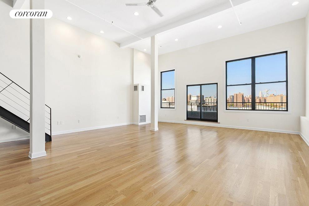Huge Great Room With Private Terrace