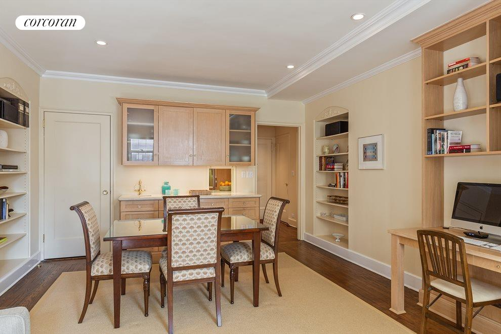 New York City Real Estate | View 470 West 24th Street, #16J | Incredible entertaining and dining space