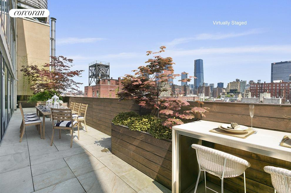 Huge Northern Terrace with World Class Views!