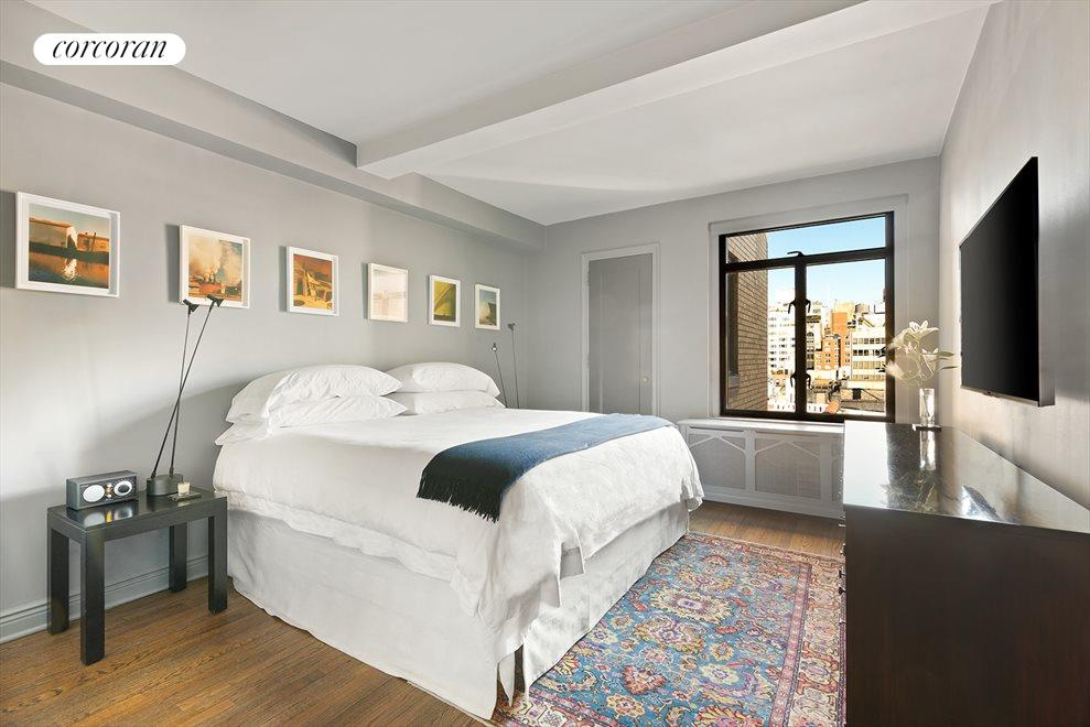 New York City Real Estate | View 61 West 9th Street, #10D | room 4
