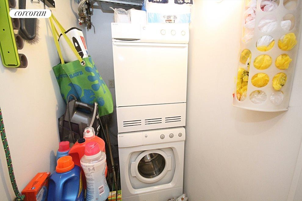 In-Unit Washer / Dryer with Additional Storage