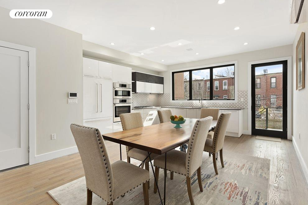Bright kitchen and dining area!