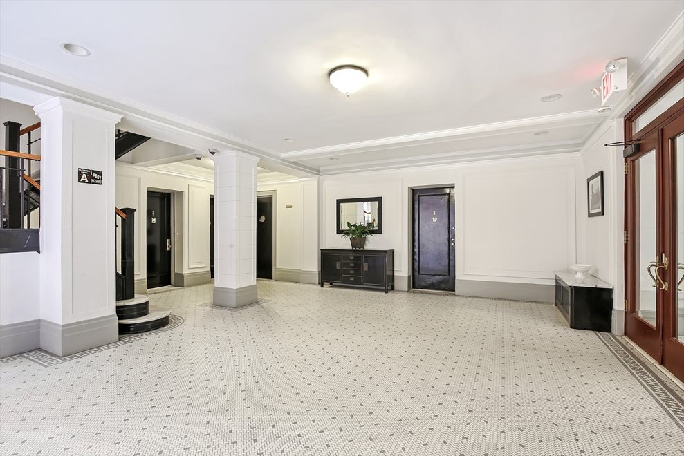 The Colonial Apartment Building | View 38 Livingston Street | Lobby
