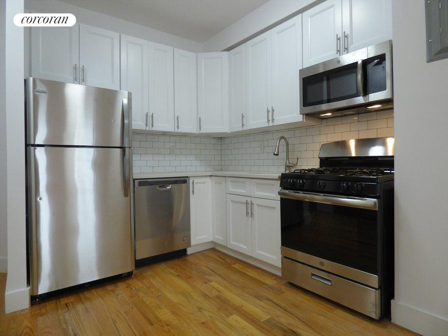 New York City Real Estate | View 592 Vanderbilt Avenue, #2R | 2 Beds, 1 Bath