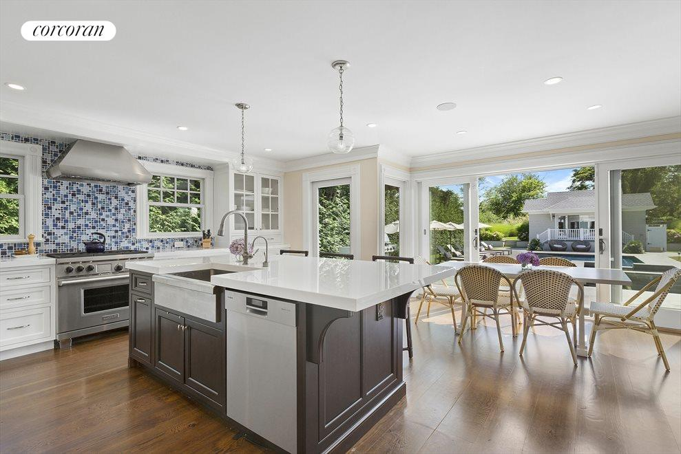 Eat-in-Kitchen with New Appliances