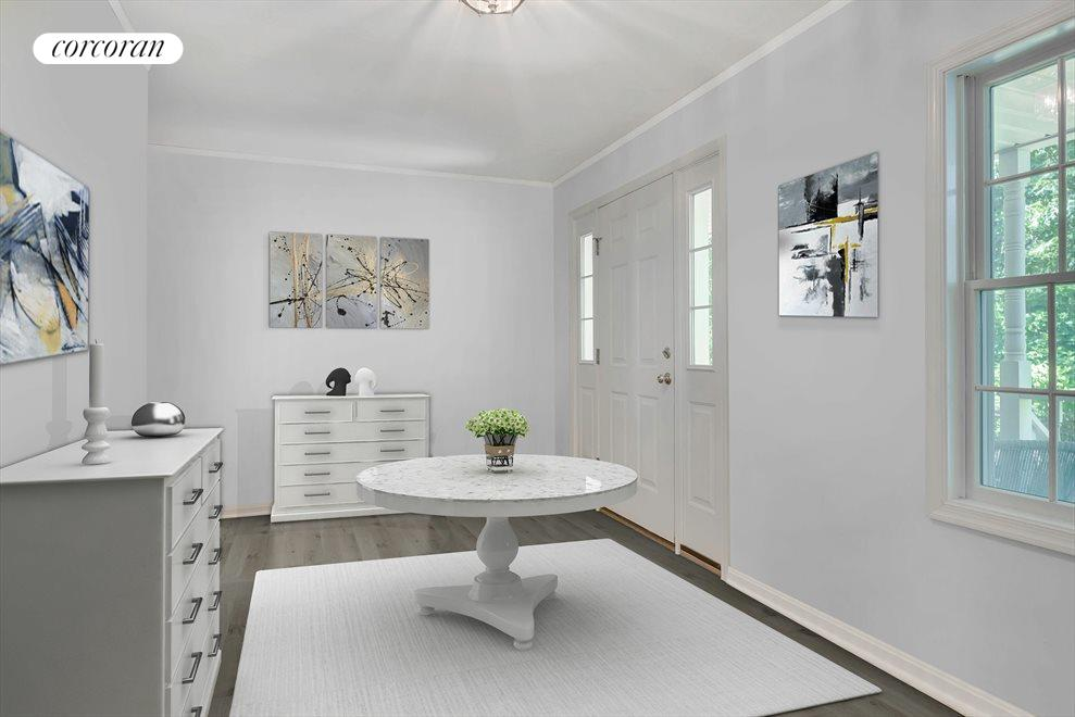 Interior Photos of this Home have been Virtually Staged