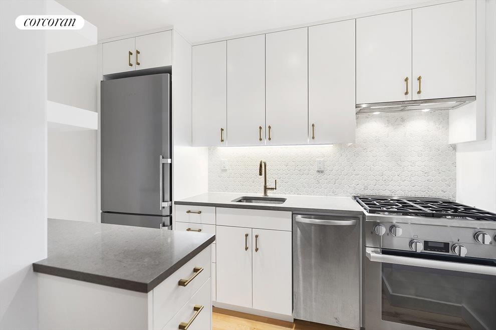 Newly Renovated Open Kitchen