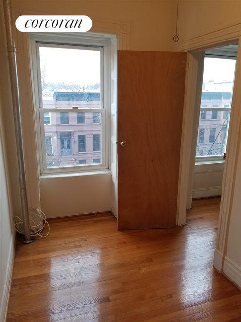 Massive Walk-In Closet OR 2nd Bedroom