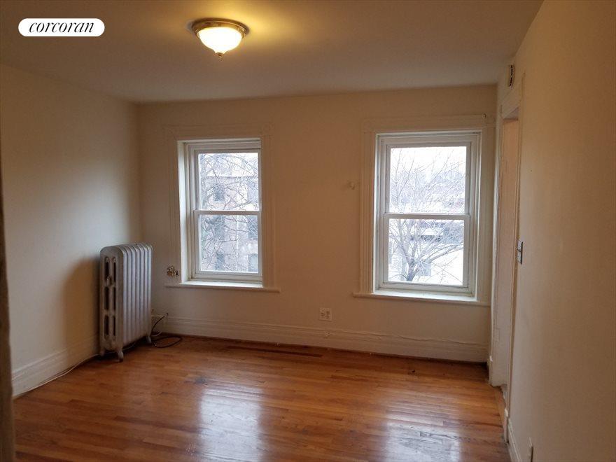 Top Floor Apartment w/ Great Light