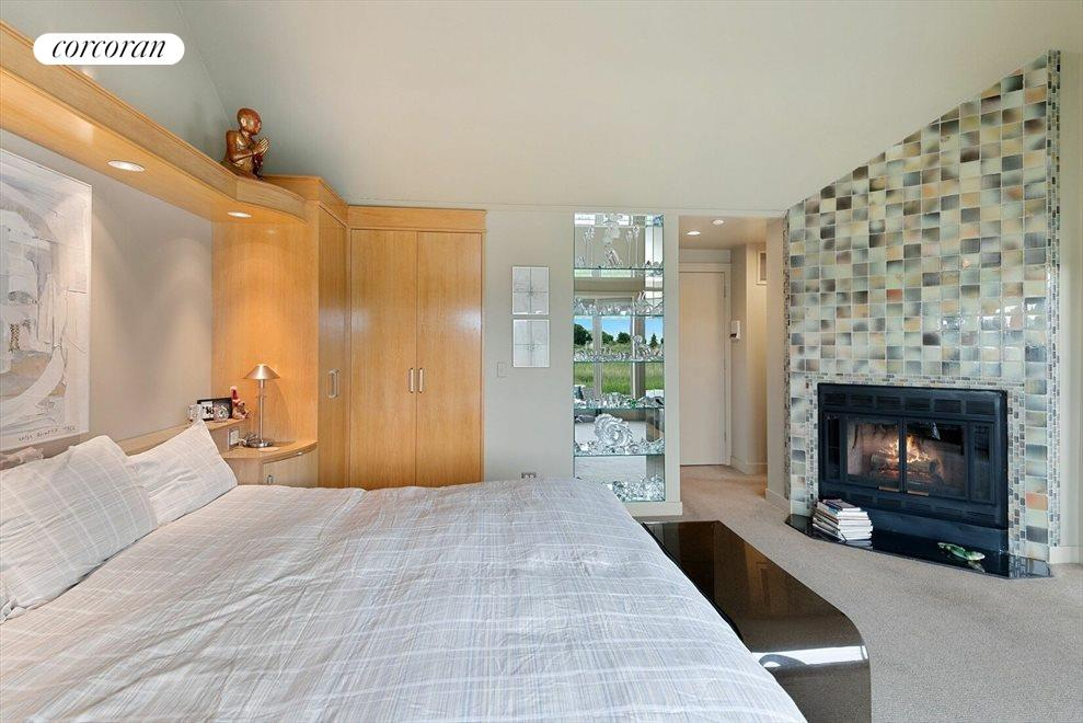 Master Bedroom Suite with Fireplace & Built-in Wardrobe