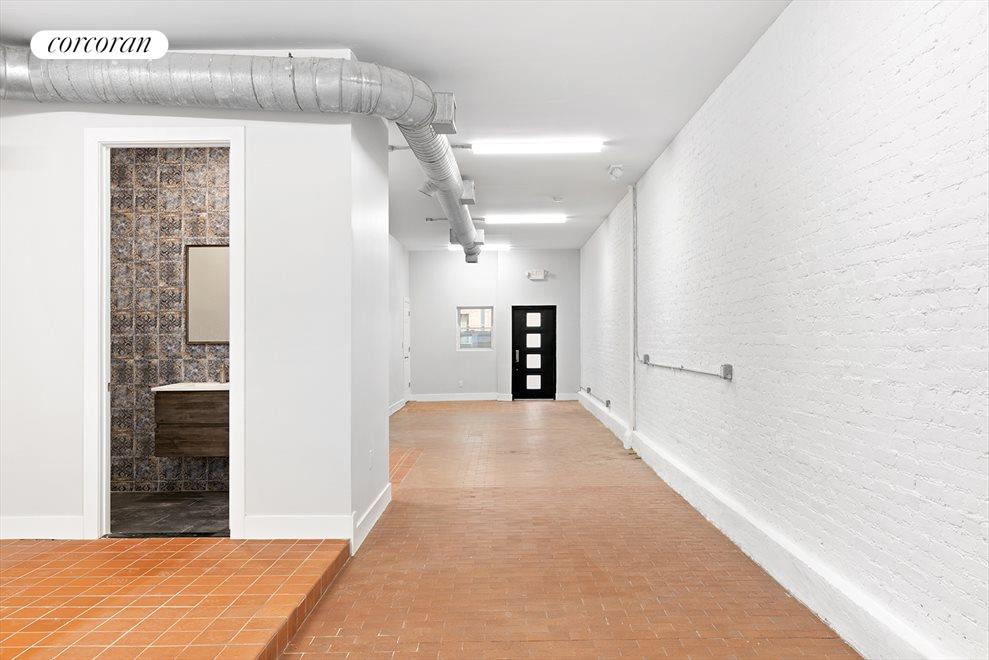 Loft-like Commercial Space