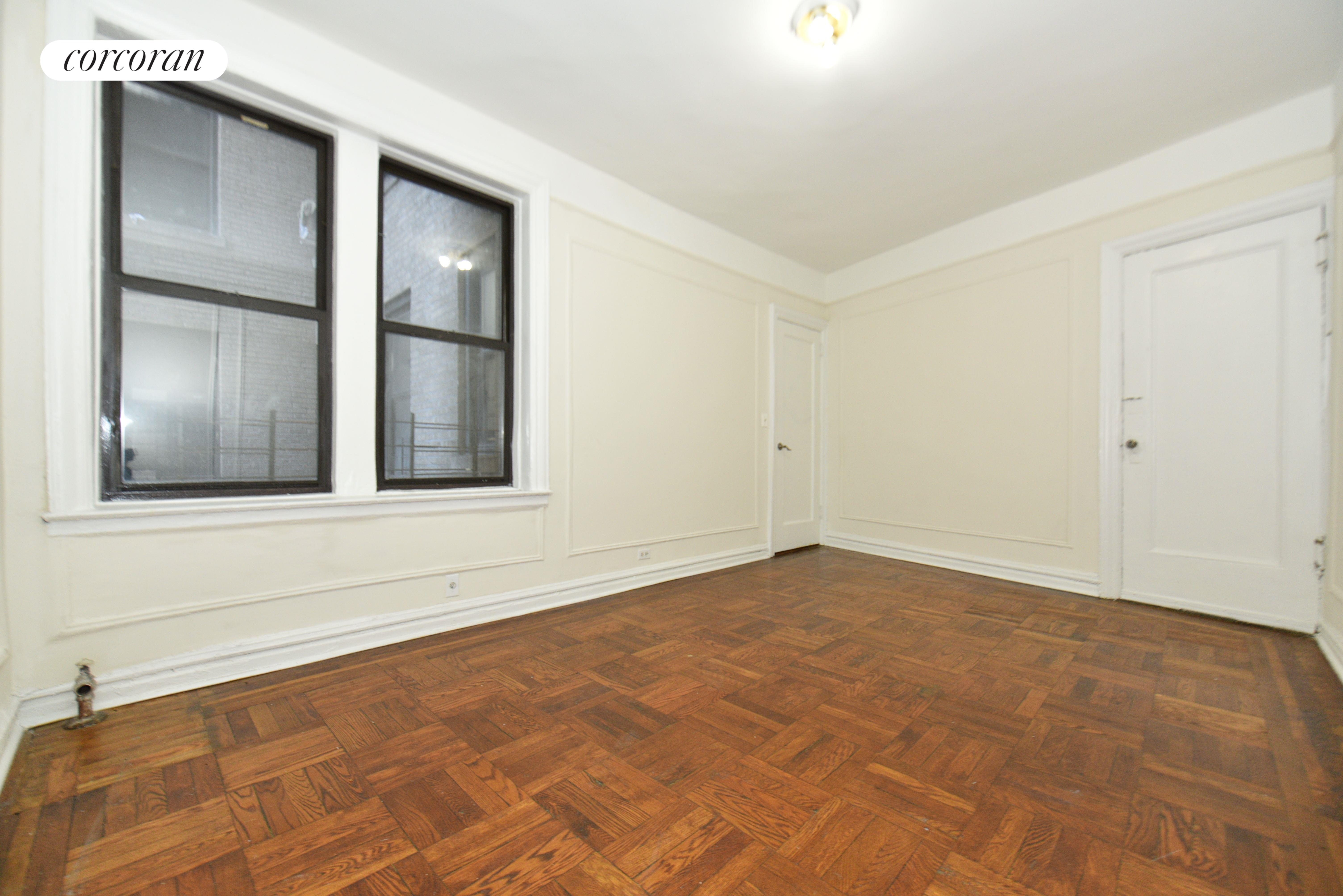 1555 Grand Concourse Interior Photo
