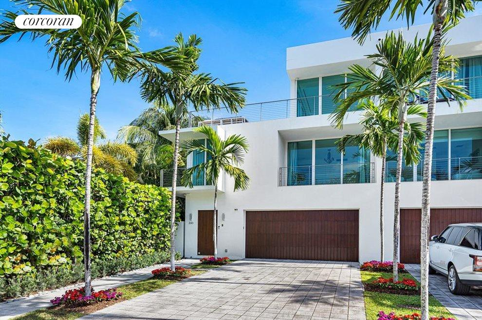 South Florida Real Estate | View 243 Venetian Drive | room 1