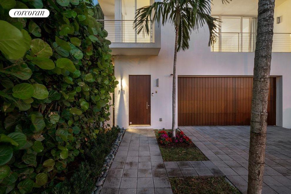 South Florida Real Estate | View 243 Venetian Drive | room 2