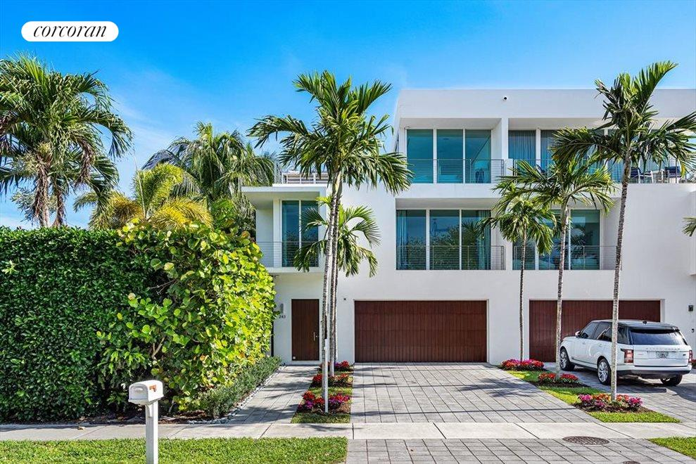 South Florida Real Estate | View 243 Venetian Drive | room 5