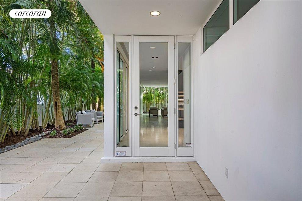 South Florida Real Estate | View 243 Venetian Drive | room 7