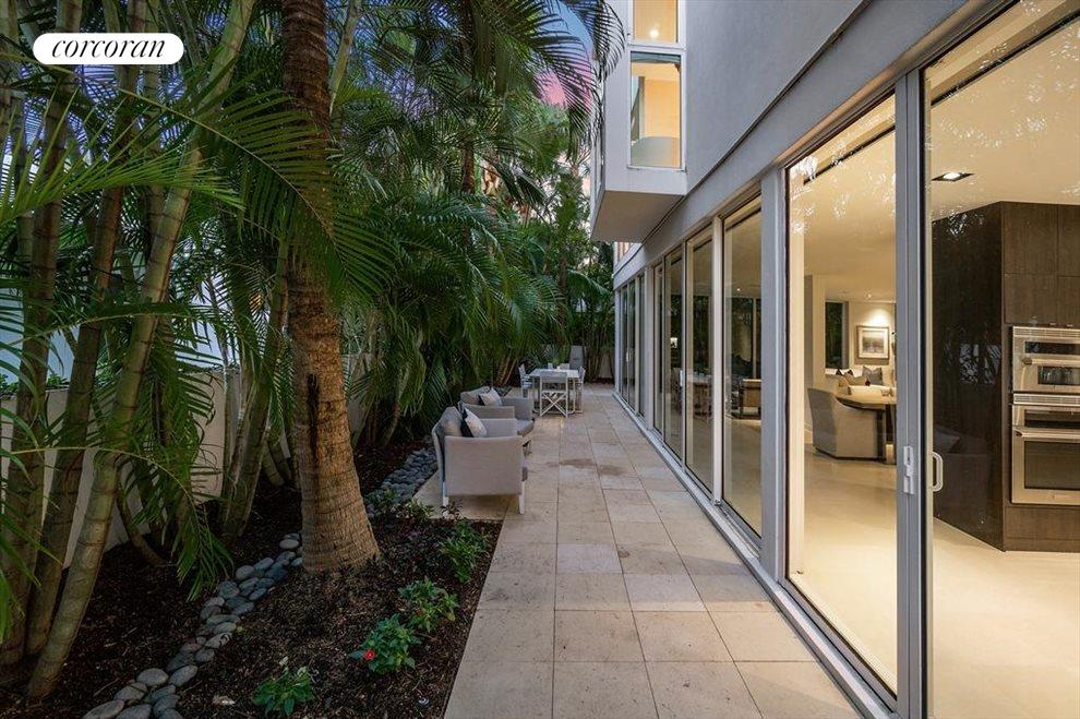 South Florida Real Estate | View 243 Venetian Drive | room 23