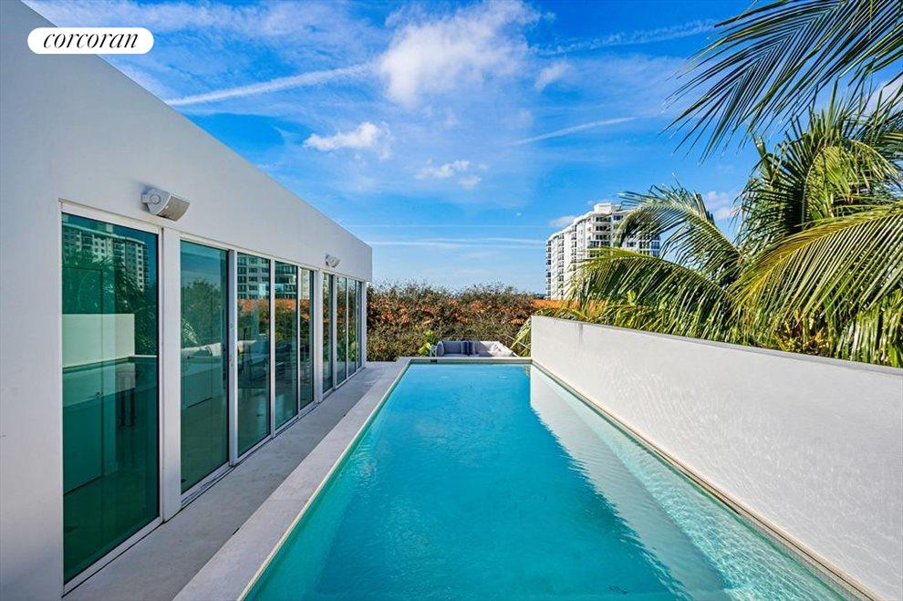 South Florida Real Estate | View 243 Venetian Drive | room 44