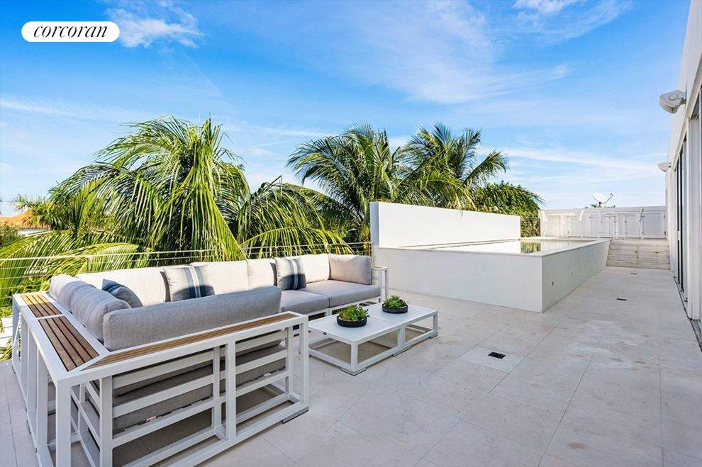 South Florida Real Estate | View 243 Venetian Drive | room 47