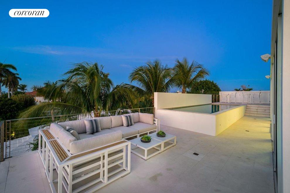 South Florida Real Estate | View 243 Venetian Drive | room 48