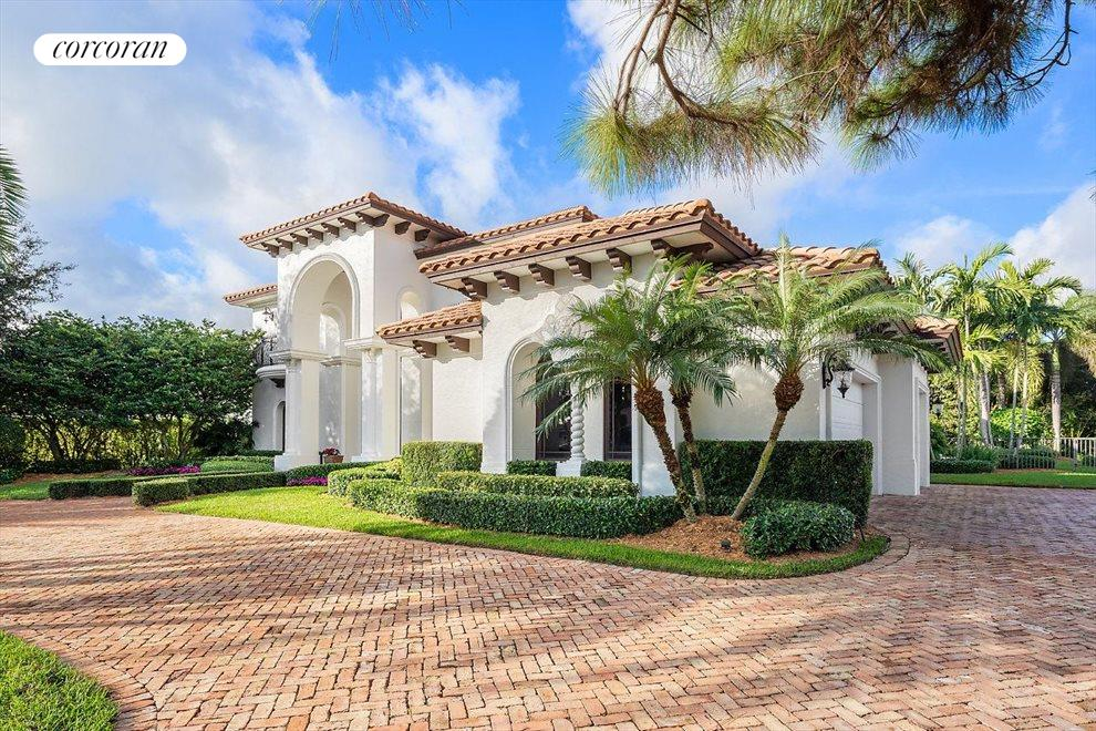 South Florida Real Estate | View 10565 Pine Tree Terrace | room 2