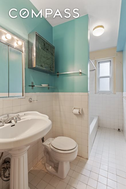 New York City Real Estate | View Cabrini Boulevard | room 6