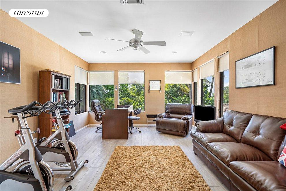South Florida Real Estate | View 1080 Lake Drive | room 22