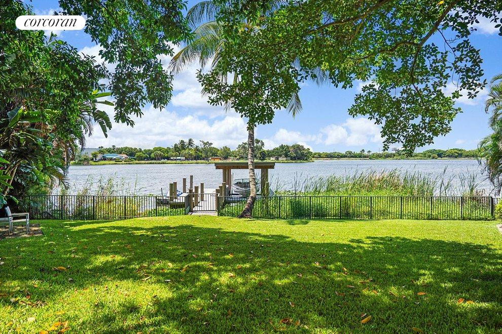South Florida Real Estate | View 1080 Lake Drive | room 32