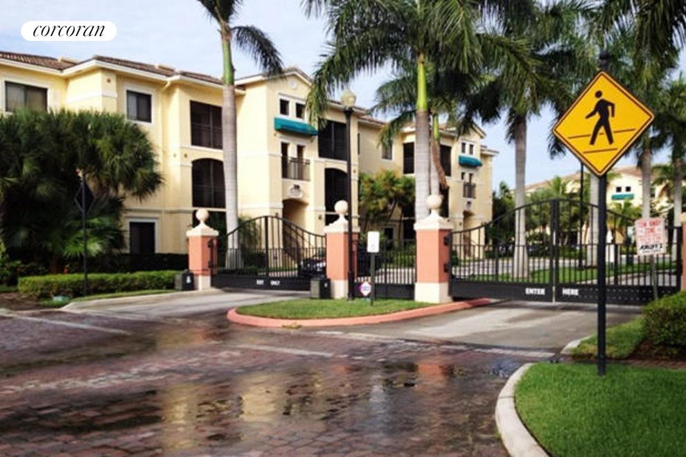 South Florida Real Estate | View 3019 Alcazar Place #102 | room 15