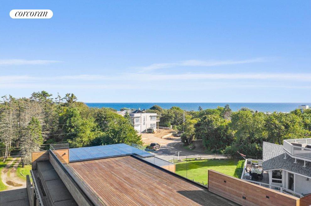 Roof Oceanview Deck