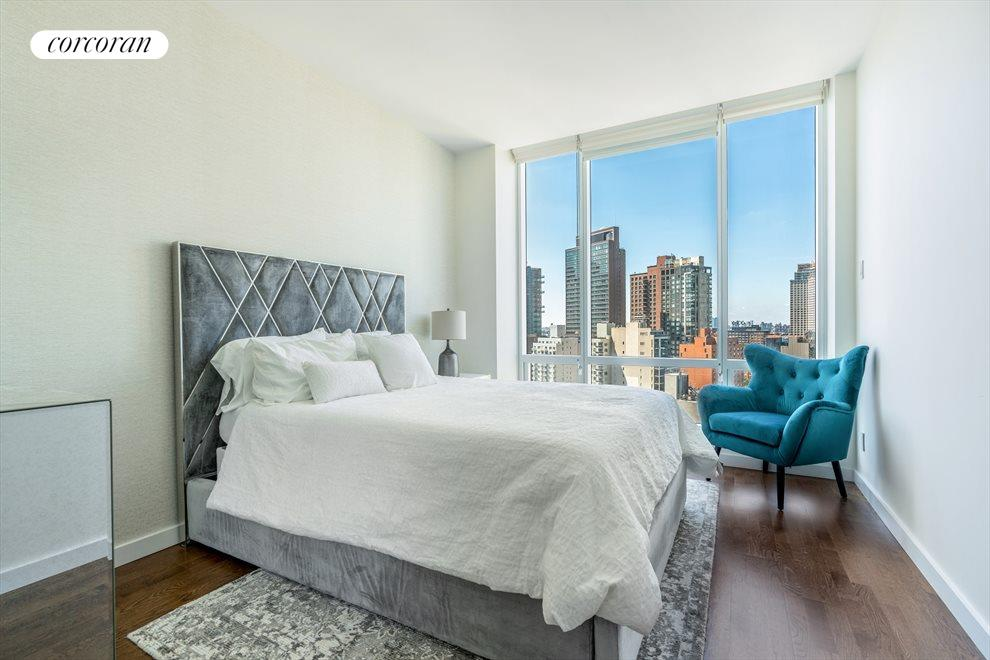 New York City Real Estate | View 27-17 42nd Road, #11G | room 3