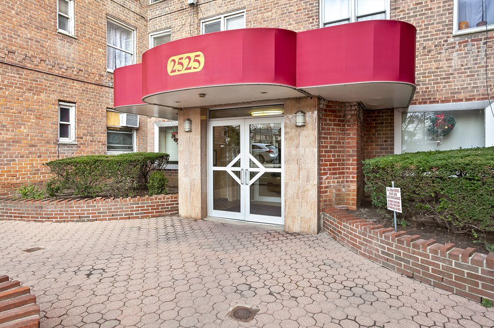2525 Nostrand Avenue (Midwood, Brooklyn)