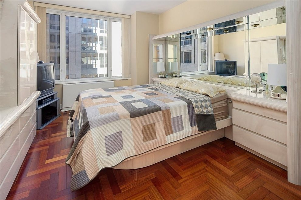 New York City Real Estate | View Riverside Boulevard | room 11