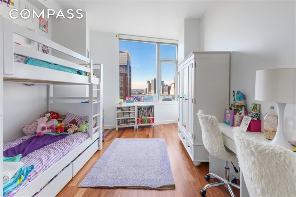 New York City Real Estate | View Jay Street | room 6