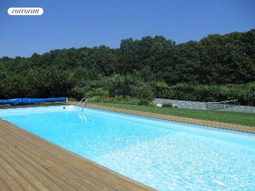 Full Sun Pool