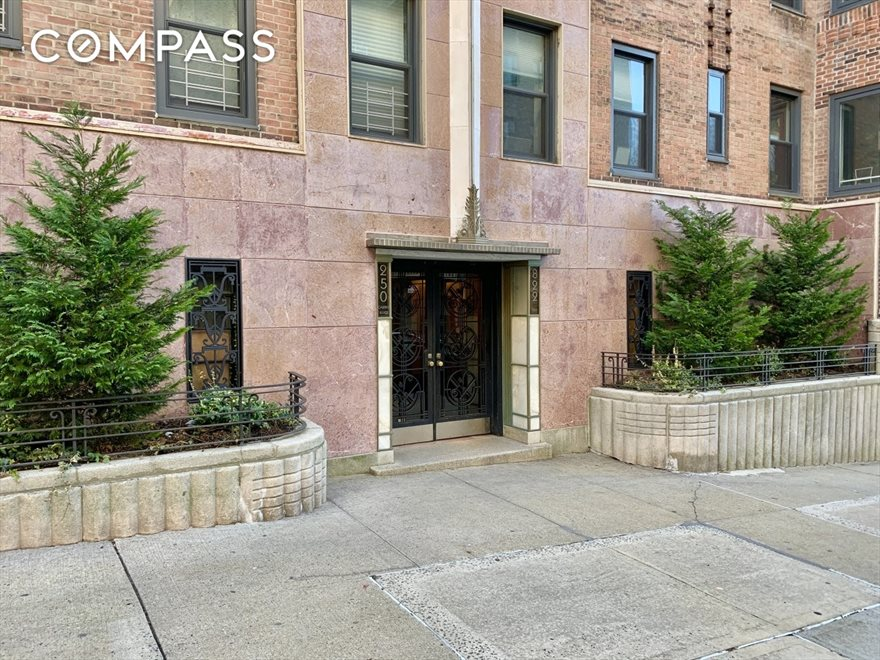 New York City Real Estate | View Cabrini Boulevard | room 18