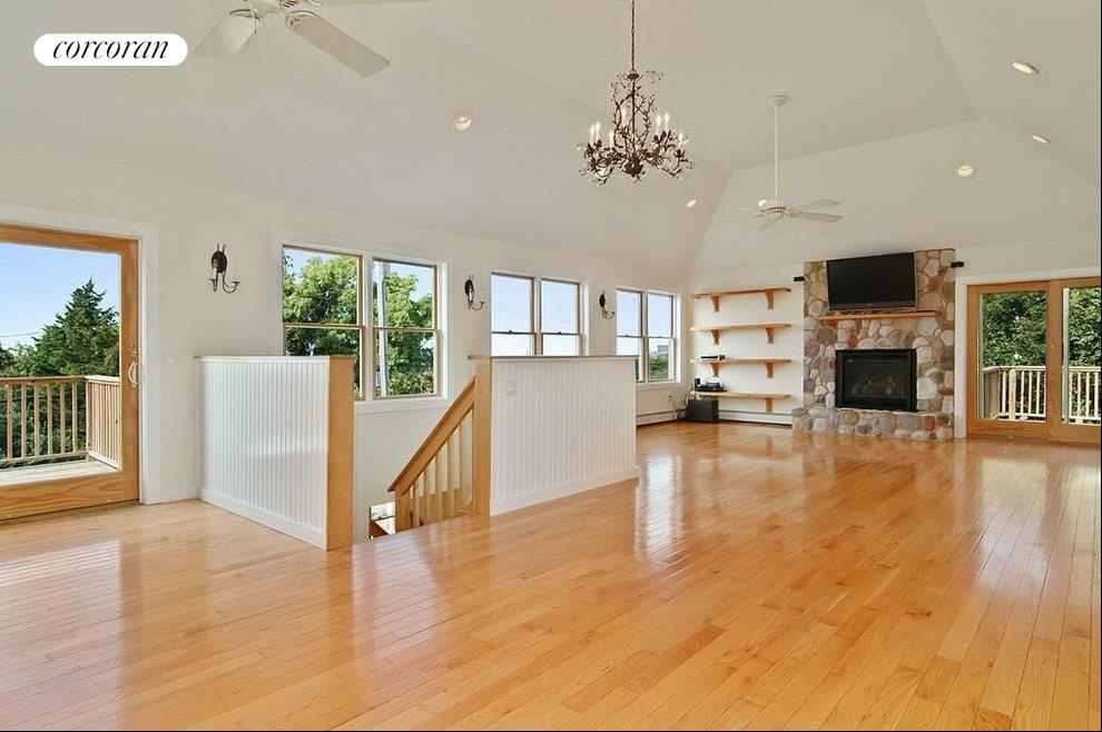 The Hamptons Real Estate | View 75 Firestone Road | room 7