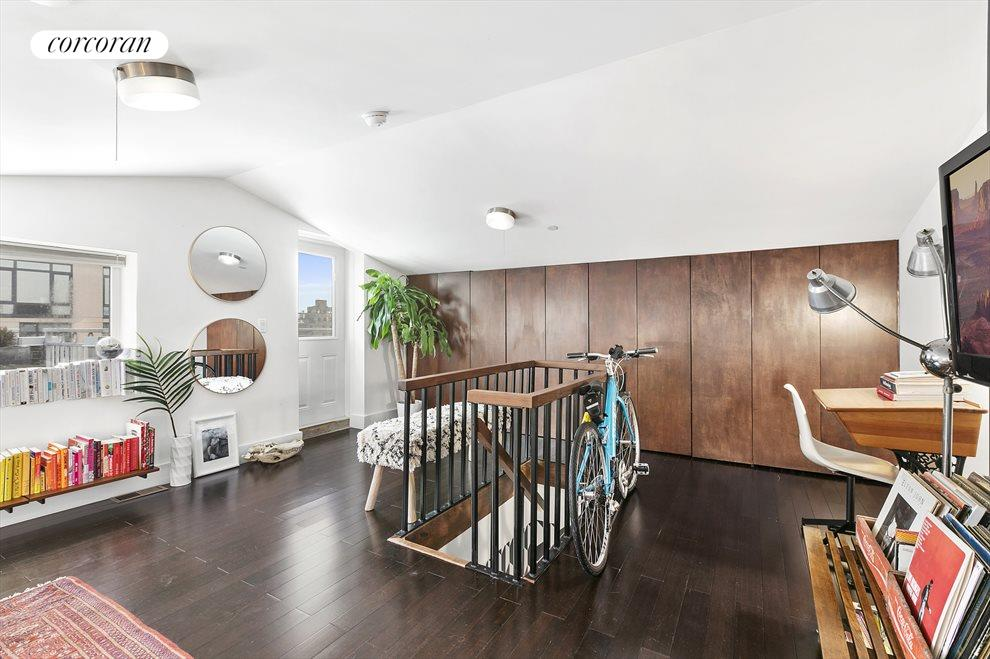 Upstairs bedroom with custom closets
