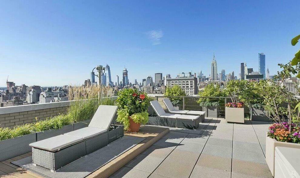 Landscaped Roofdeck